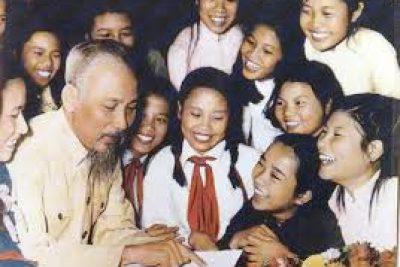 BÁC HỒ CỦA CHÚNG TA (Bài tuyên truyền kỉ niệm 130 năm ngày sinh Chủ tịch Hồ Chí Minh)